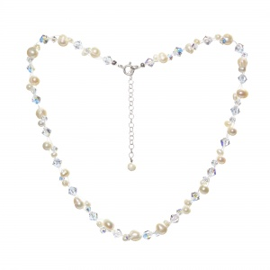 freshwater_pearl_and_swarovski_necklace
