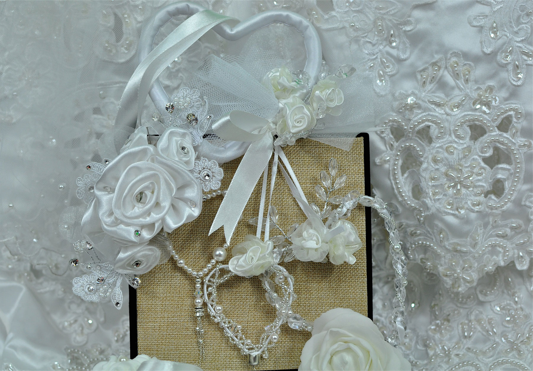 bridal-heart-display